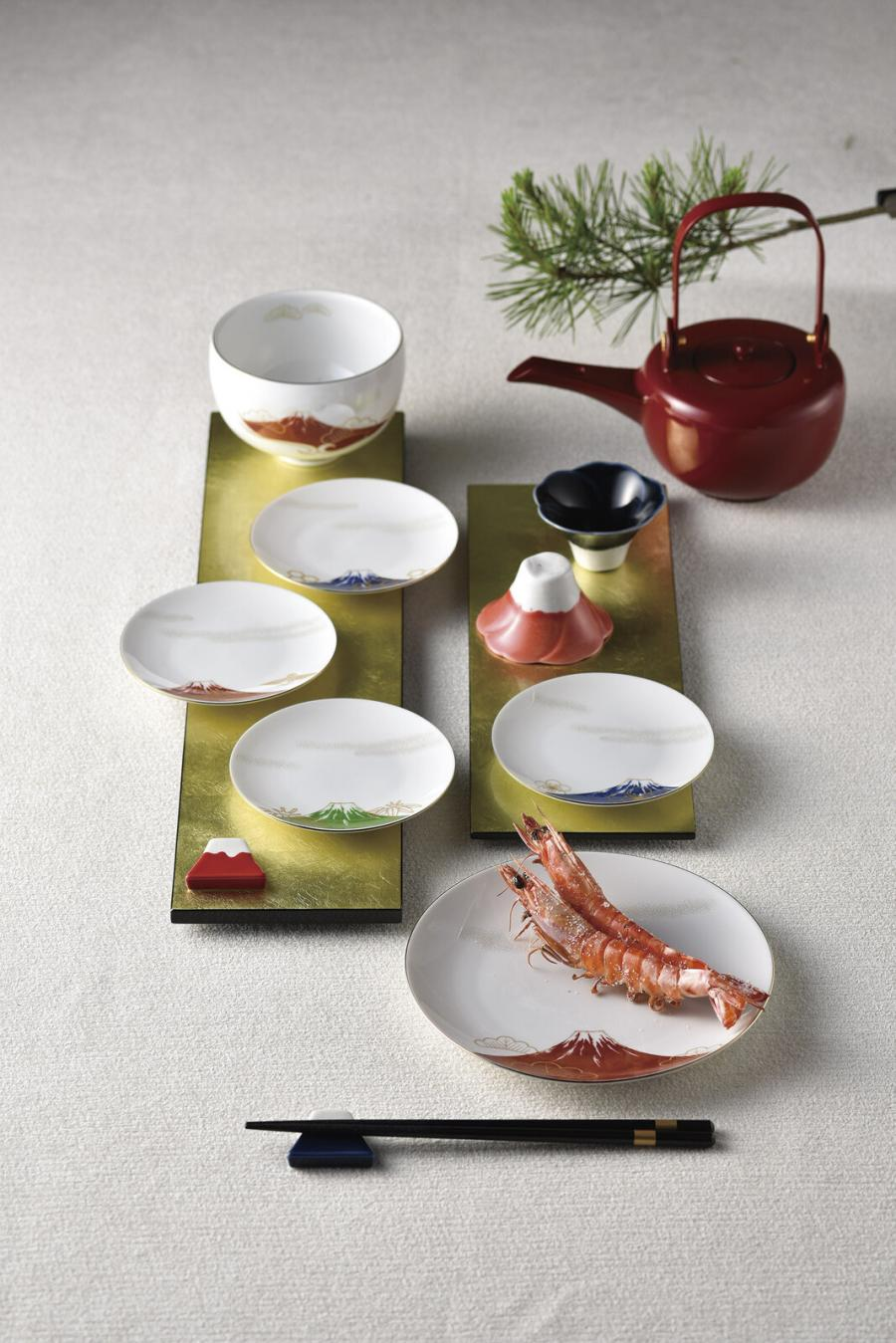 美濃燒節慶富士山碗及酒杯禮盒(日本直送)
